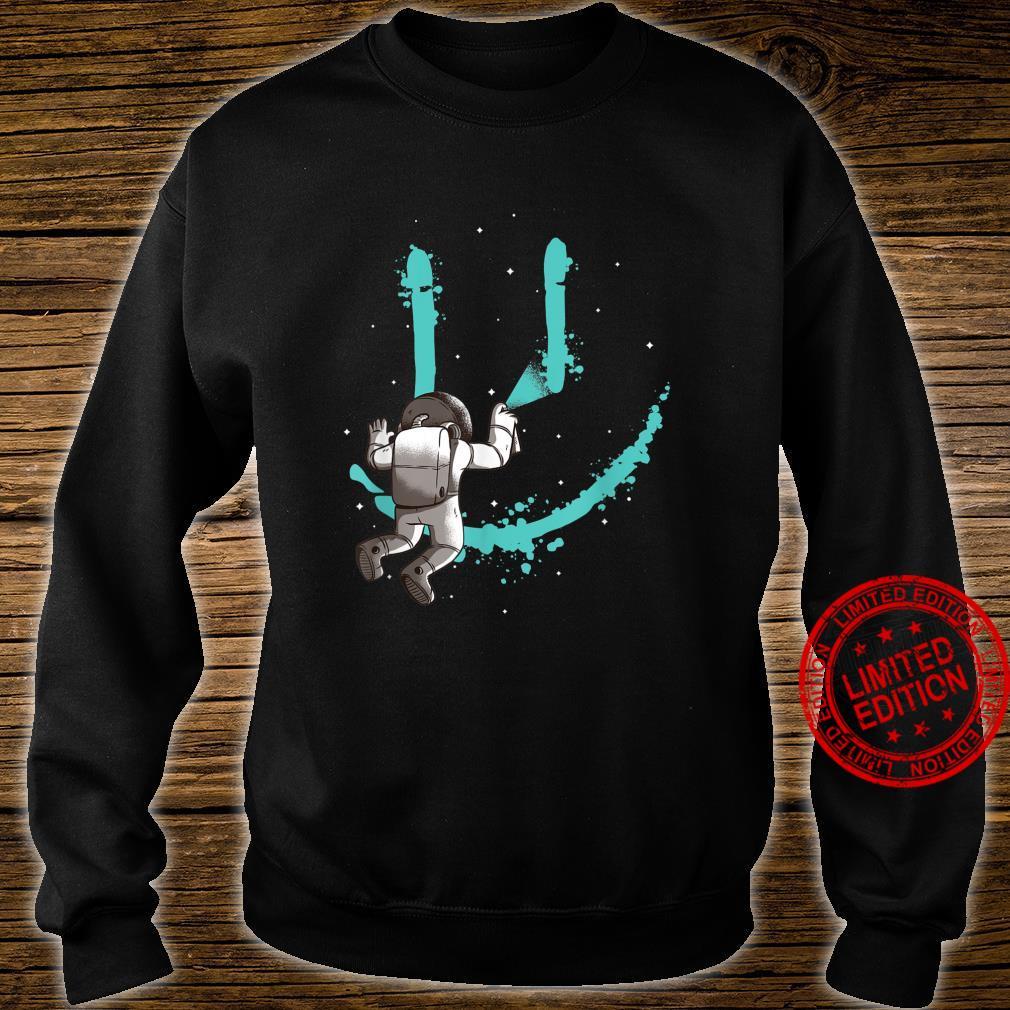 Smile Graffiti mit Astronaut im All Shirt sweater